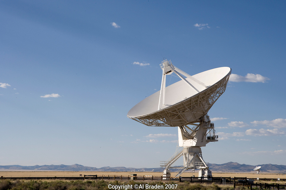 Telescopes of the Very Large Array of the National Radio Astronomy Observatory, New Mexico.