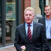 NLD/Amsterdam/20110722 - Afscheidsdienst voor John Kraaijkamp, Andre van Duin en partner Martin Elferink
