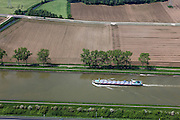 Nederland, Limburg, Gemeente Maasgouw, 27-05-2013; scheepvaart op het Julianakanaal bij Ohe en Laak. Tanker voor beton.<br /> Shipping on Julianacanal (Meuse canal).<br /> luchtfoto (toeslag op standard tarieven);<br /> aerial photo (additional fee required);<br /> copyright foto/photo Siebe Swart.