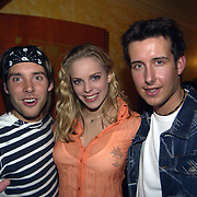 Uitreiking populariteitsprijs 2002, Oscar, Mara en Renzo Kazan