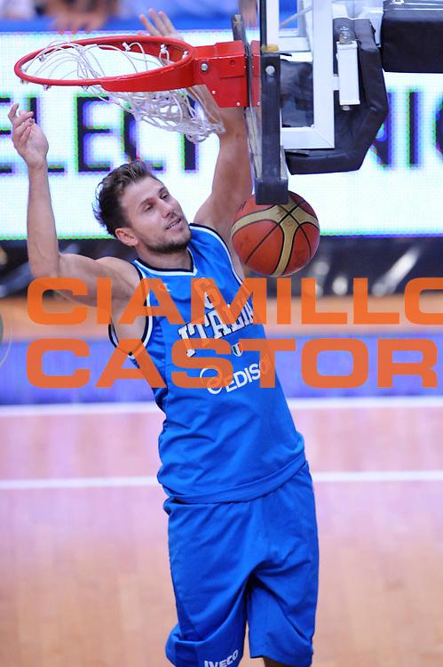 DESCRIZIONE : Trento Trentino Basket Cup Italia Polonia<br /> GIOCATORE : Stefano Mancinelli<br /> CATEGORIA : Schiacciata<br /> SQUADRA : Nazionale Italia Maschile<br /> EVENTO :  Trento Trentino Basket Cup<br /> GARA : Italia Polonia<br /> DATA : 09/08/2013<br /> SPORT : Pallacanestro<br /> AUTORE : Agenzia Ciamillo-Castoria/Max.Ceretti<br /> Galleria : FIP Nazionali 2013<br /> Fotonotizia : Trento Trentino Basket Cup Italia Israele<br /> Predefinita :