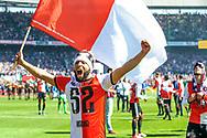 14-05-2017: Voetbal: Feyenoord v Heracles Almelo: Rotterdam<br /> <br /> (L-R) Feyenoord speler Tonny Vilhena na afloop van het Eredivisie duel tussen Feyenoord en Heracles Almelo op 14 mei 2017 in stadion Feyenoord (de Kuip)<br /> <br /> Eredivisie - Seizoen 2016 / 2017<br /> <br /> Foto: Gertjan Kooij