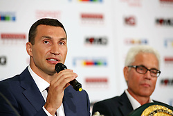 21.07.2015, Esprit Arena, Düsseldorf, GER, WBA Boxkampf, Wladimir Klitschko vs Tyson Fury, Pressekonferenz, im Bild Wladimir Klitschko und Bernd Boente (KMG) // during a pressconference of the WBA fight between Wladimir Klitschko and Tyson Fury at Esprit Arena in Düsseldorf, Germany on 2015/07/21. EXPA Pictures © 2015, PhotoCredit: EXPA/ Eibner-Pressefoto/ Schueler<br /> <br /> *****ATTENTION - OUT of GER*****