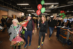 January 27, 2018 - Bruxelles, BELGIQUE - BRUSSELS, BELGIUM - JANUARY 27:  Belgian tennis player Elise Mertens and Rob (semi finalist at the Australia Open) pictured during her come back in Brussels Airport Belgium on january 27, 2018 in Brussels, Belgium, 27/01/2018 (Credit Image: © Panoramic via ZUMA Press)