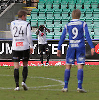 Fotball , 15. april 2012, Tippeligaen Eliteserien , Sogndal - Haugesund<br /> <br /> Foto: Christian Blom , Digitalsport (L) Eirik Bergum Skaasheim, (M) Malik Mane Sogndal. (L) Alexander Søderlund Haugesund