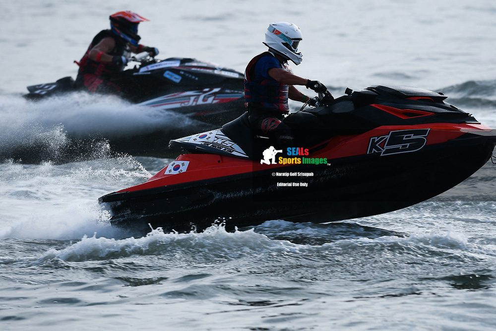 PATTAYA, THAILAND - DECEMBER 09: Jin Won Kim (K5) of Korea and Han River Leisure Sports in action during the Pro Runabout GP Moto4 at the Thai Airways International Jet Ski World Cup 2018, Jomtien Beach, Pattaya, Thailand on December 09, 2018. <br /> .<br /> .<br /> .<br /> (Photo by: Naratip Golf Srisupab/SEALs Sports Images)<br /> .<br /> Any image use must include a mandatory credit line adjacent to the content which should read: Naratip Golf Srisupab/SEALs Sports Images