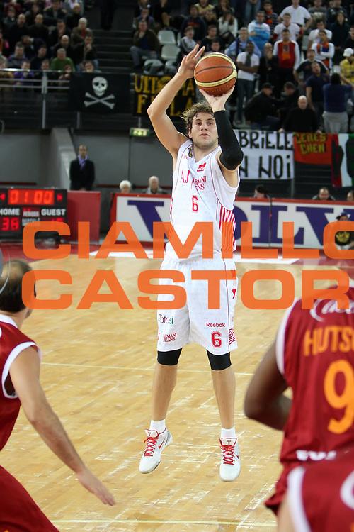 DESCRIZIONE : Roma Lega A 2009-10 Lottomatica Virtus Roma Armani Jeans Milano<br /> GIOCATORE : Stefano Mancinelli<br /> SQUADRA : Armani Jeans Milano<br /> EVENTO : Campionato Lega A 2009-2010<br /> GARA : Lottomatica Virtus Roma Armani Jeans Milano<br /> DATA : 03/01/2010<br /> CATEGORIA : tiro<br /> SPORT : Pallacanestro<br /> AUTORE : Agenzia Ciamillo-Castoria/ElioCastoria<br /> Galleria : Lega Basket A 2009-2010<br /> Fotonotizia : Roma Campionato Italiano Lega A 2009-2010 Lottomatica Virtus Roma Armani Jeans Milano<br /> Predefinita :
