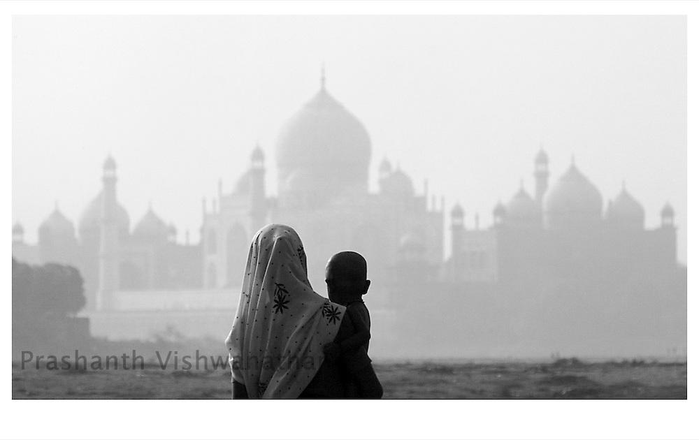 A view of the Taj mahal at Agra July 14, 2007.