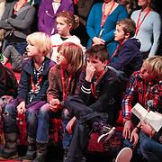 NLD/Amsterdam/20130116 - Vragenvuur kinderen tijdens Kidscollege 2013, kinderpubliek