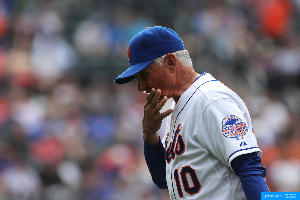 Terry Collins, New York Mets manager during the New York Mets V Cincinnati Reds Baseball game at Citi Field, Queens, New York. 22nd May 2012. Photo Tim Clayton