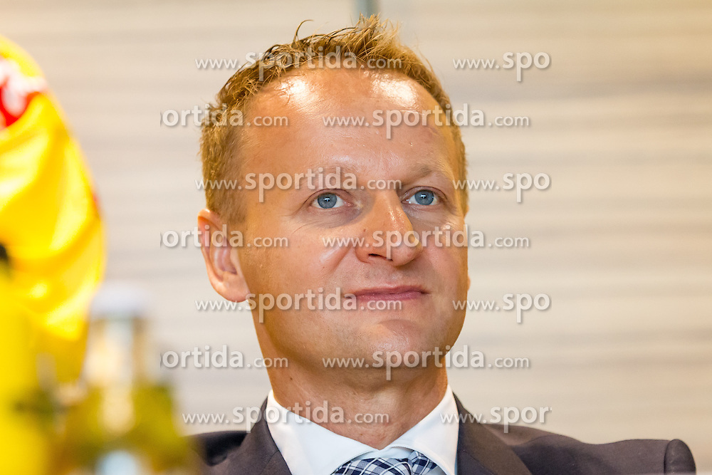 21.08.2013, Albert Schultz Halle, Wien, AUT, EBEL, Pressekonferenz UPC Vienna Capitals, im Bild Franz Kalla, (General Manager UPC Vienna Capitals)// during a press conference of UPC Vienna Capitals at the Albert Schultz Halle, Wien, Austria on 2013/08/21. EXPA Pictures © 2013, PhotoCredit: EXPA/ Sebastian Pucher