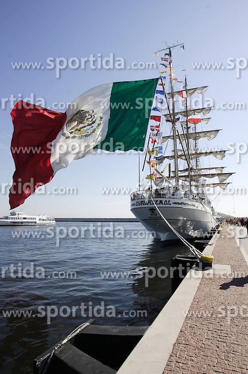 THEMENBILD - Die ARM Cuauhtemoc ist ein Segelschulschiff der mexikanischen Marine und wurde am 29. Juli 1982 in Dienst gestellt. Hier im Bild die ARM Cuauhtemoc beim Einlaufen in die polnische Hafenstadt Gyndia am 17. August 2013 // THEMES IMAGE - In this picture the ARM Cuauhtemoc arriving in the Polish port Gyndia on 17th of August 2013. EXPA Pictures &copy; 2013, PhotoCredit: EXPA/ Newspix/ Michal Fludra<br /> <br /> ***** ATTENTION - for AUT, SLO, CRO, SRB, BIH, TUR, SUI and SWE only *****