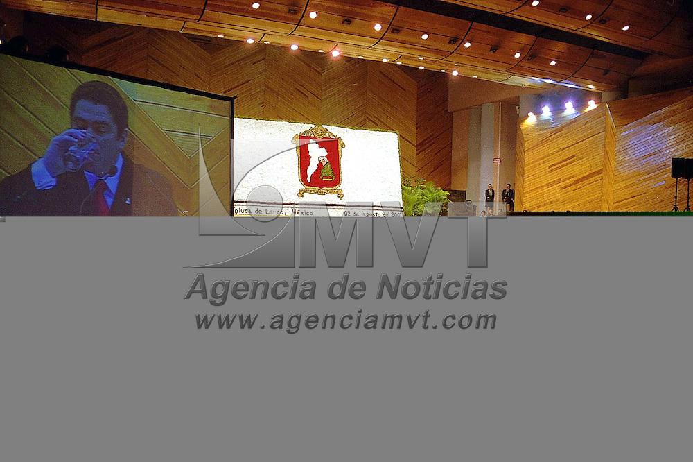 Toluca, Méx.- Ier. Informe de labores del presidente municipal de Toluca Juan Carlos Nuñez Armas. Agencia MVT / Mario Vàzquez de la Torre.