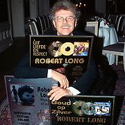 Gouden cd's uitreiking Robert Long Baarn