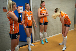 30-05-2019 NED: Volleyball Nations League Netherlands - Poland, Apeldoorn<br /> Marrit Jasper #18 of Netherlands, Eline Timmerman #31 of Netherlands