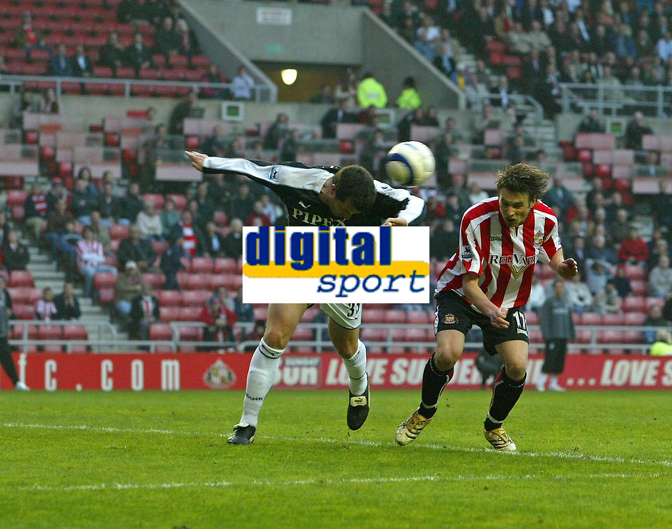 Photo: Andrew Unwin.<br /> Sunderland v Fulham. The Barclays Premiership. 04/05/2006.<br /> Sunderland's Anthony Le Tallec (R) heads home his team's first goal.