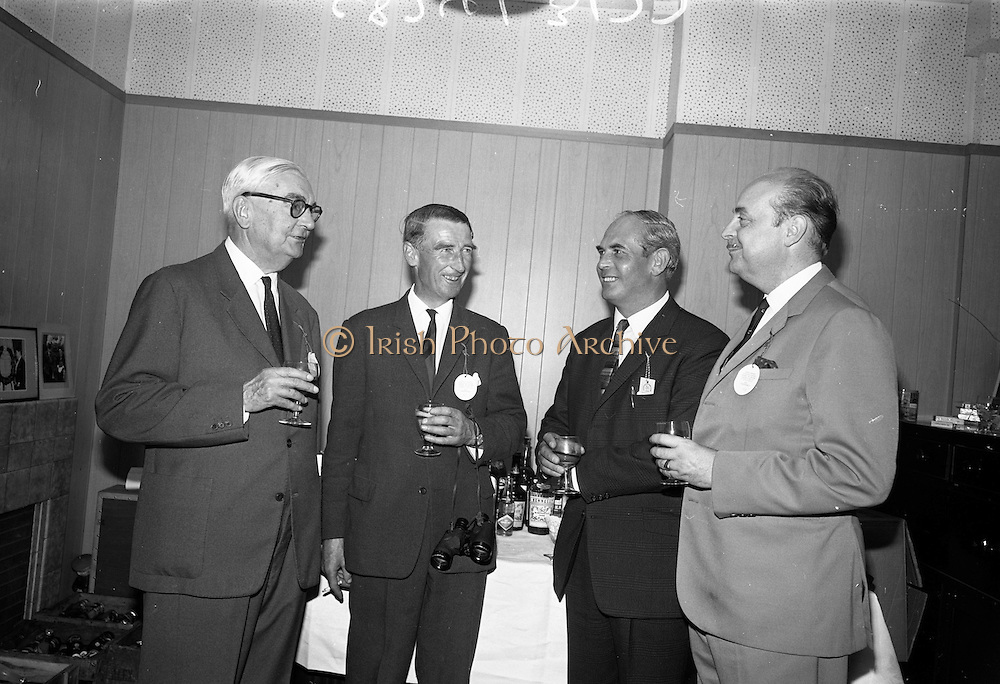 """15/07/1967<br /> 07/15/1967<br /> 15 July 1967<br /> Hennessy Handicap at Leopardstown Races, Leopardstown Racecourse, Co. Dublin. At the event were (l-r): Mr Maurice Hennessy, Chairman, Jas Hennessy and Co. Ltd.; Mr Aubrey Brabazon, trainer; Mr J.A.N. Glover of Moneymore, Co. Derry, owner of """"My Kuda"""", winner of Hennessy Handicap and Comte Gerald de Geoffrey, Director, Jas Hennessy and Co. Ltd.."""