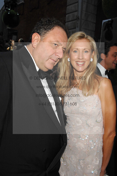 JEAN PIGOZZI and COUNTESS ALLESANDRO GUERRINI-MARALDI  at the Ark 2007 charity gala at Marlborough House, Pall Mall, London SW1 on 11th May 2007.<br /><br />NON EXCLUSIVE - WORLD RIGHTS
