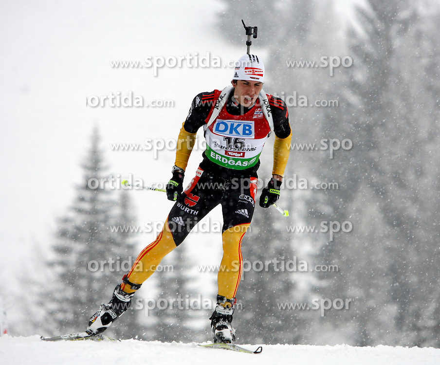 15.12.2011, Biathlonzentrum, Hochfilzen, AUT, E.ON IBU Weltcup, 3. Biathlon, Hochfilzen, Sprint Maenner, im Bild Arnd Peiffer (GER) // during Sprint men E.ON IBU World Cup 3th Biathlon, Hochfilzen, Austria on 2011/12/15. EXPA Pictures © 2011, PhotoCredit: EXPA/ Oskar Hoeher