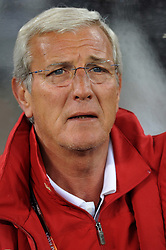 14.06.2010, Cape Town Stadium, Kapstadt, RSA, FIFA WM 2010, Italien vs Paraguay im Bild Marcello Lippi (Italia)., EXPA Pictures © 2010, PhotoCredit: EXPA/ InsideFoto/ G. Perottino, ATTENTION! FOR AUSTRIA AND SLOVENIA ONLY!!! / SPORTIDA PHOTO AGENCY