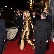 NLD/Amsterdam/20080201 - Verjaardagsfeest Koninging Beatrix en prinses Margriet, vertrek prinses maxima Zorrequieta en partner kroonprins Willem Alexander
