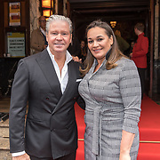 NLD/Amsterdam/20190910 - Nederlandse Premiere Downton Abbey, Dries Roelvink en partner Honoria