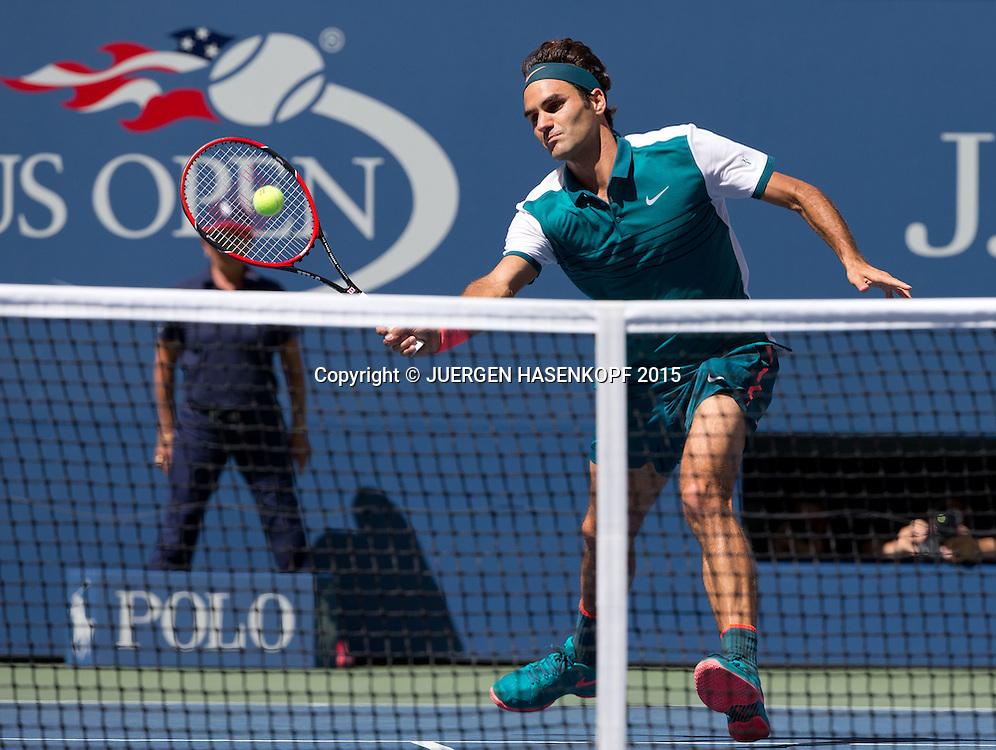 Roger Federer (SUI)<br /> <br /> Tennis - US Open 2015 - Grand Slam ITF / ATP / WTA -  Flushing Meadows - New York - New York - USA  - 5 September 2015.