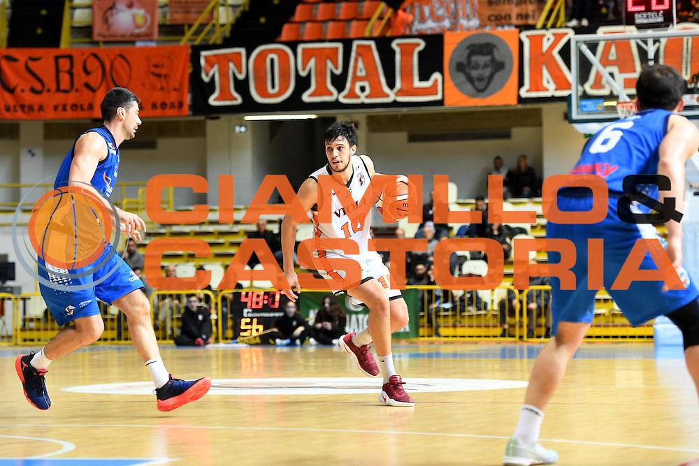 Agustin Fabi<br /> Viola Reggio Calabria - Roma Gas &amp; Power Roma<br /> Campionato Basket LNP 2016/2017<br /> Reggio Calabria 26/02/2017<br /> Foto Ciamillo-Castoria