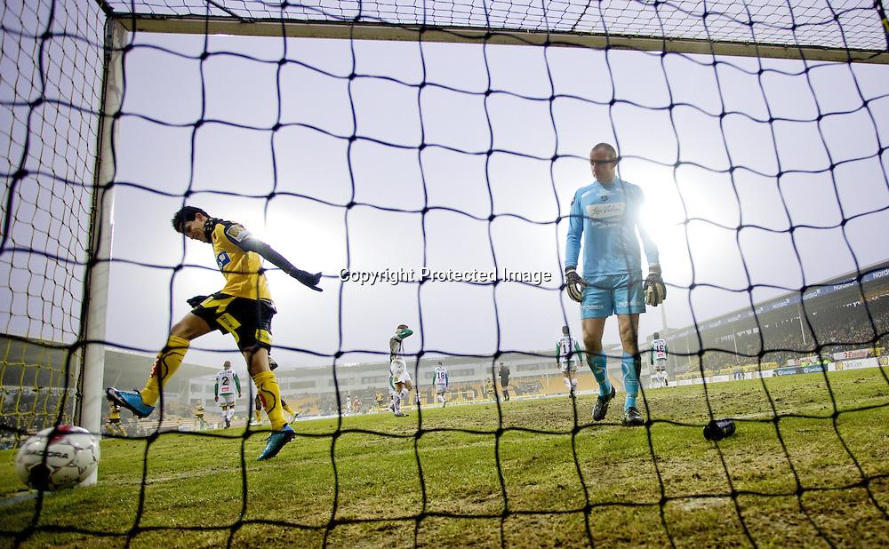 LILLESTRØM..20100328: Lillestrøm- Hønefoss 6-0. .5-0. Tarik Elyounoussi scorer..Foto: Daniel Sannum Lauten