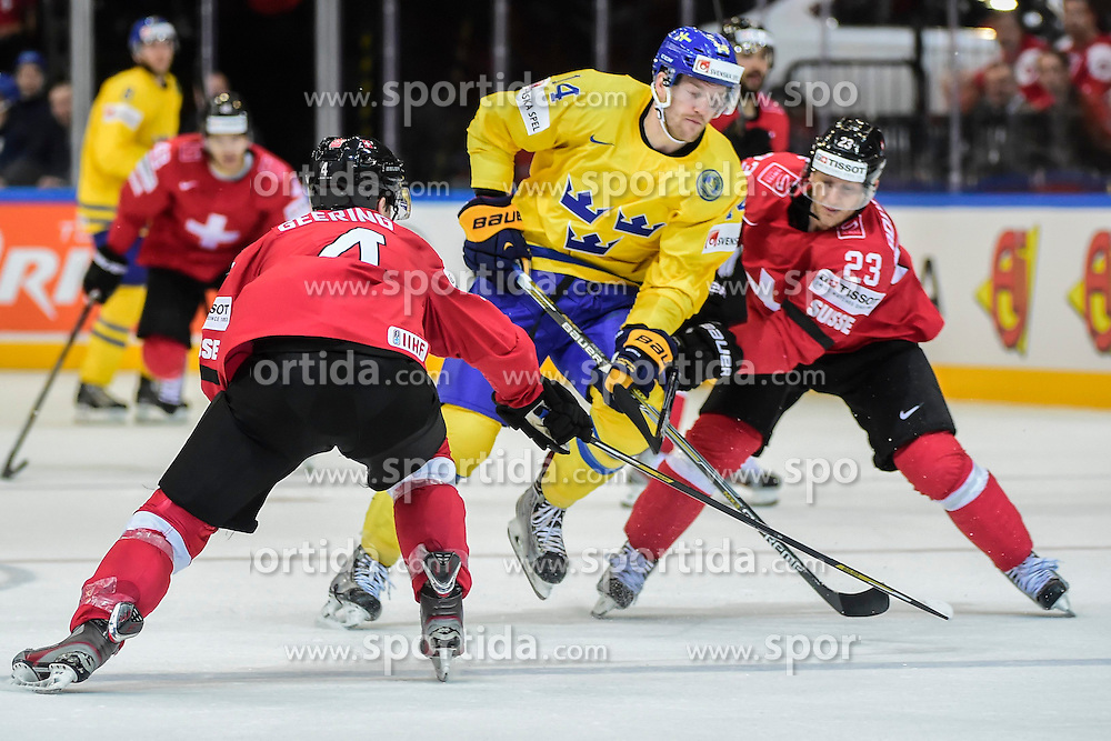 09.05.2015, O2 Arena, Prag, CZE, IIHF, WM, Schweden vs Schweiz, Gruppenphase, im Bild 0 Patrick Geering (SUI) Simon Bodenmann (SUI) Mattias Ekholm (SWE) // during the IIHF Icehockey World Championships Groupstage Match between Sweden and Switzerland at the O2 Arena in Prag, Czech Republic on 2015/05/09. EXPA Pictures &copy; 2015, PhotoCredit: EXPA/ Freshfocus/ Andy Mueller<br /> <br /> *****ATTENTION - for AUT, SLO, CRO, SRB, BIH, MAZ only*****