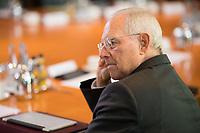 DEU, Deutschland, Germany, Berlin, 18.10.2017: Bundesfinanzminister Dr. Wolfgang Schäuble (CDU) vor Beginn der 165. Kabinettsitzung im Bundeskanzleramt.