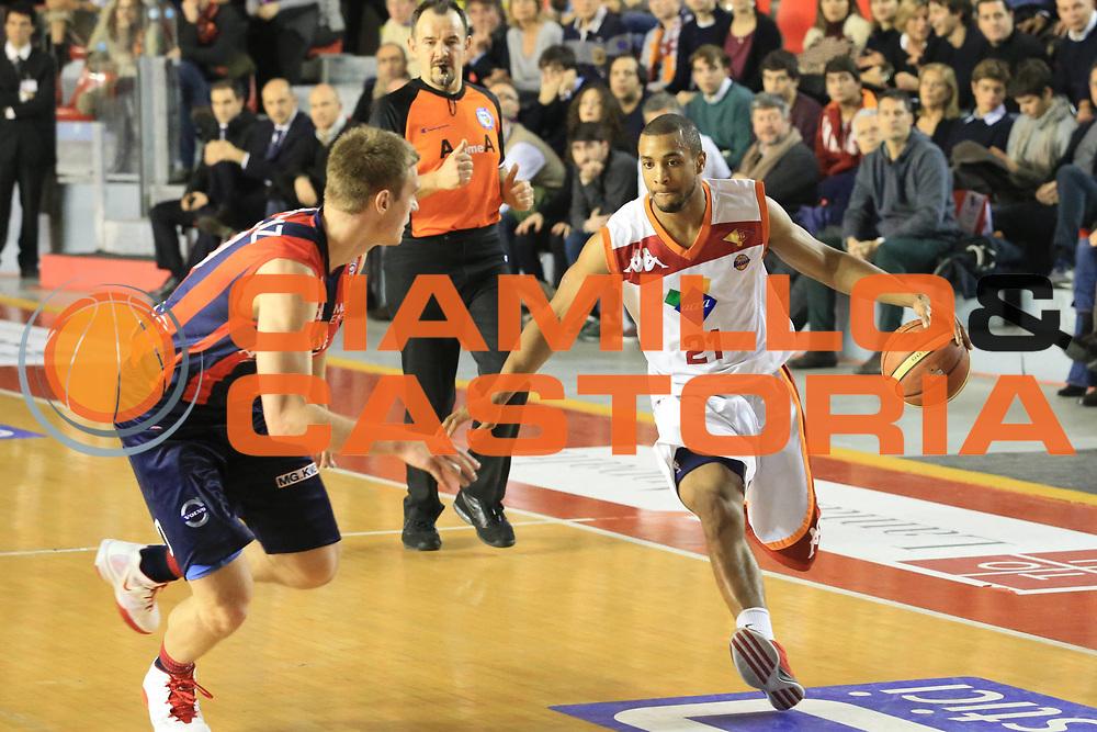 DESCRIZIONE : Roma Lega A 2012-13 Acea Roma Angelico Biella<br /> GIOCATORE : Jordan Taylor<br /> CATEGORIA : palleggio<br /> SQUADRA : Acea Roma<br /> EVENTO : Campionato Lega A 2012-2013 <br /> GARA : Acea Roma Angelico Biella<br /> DATA : 07/01/2013<br /> SPORT : Pallacanestro <br /> AUTORE : Agenzia Ciamillo-Castoria/M.Simoni<br /> Galleria : Lega Basket A 2012-2013  <br /> Fotonotizia :  Roma Lega A 2012-13 Acea Roma Angelico Biella<br /> Predefinita :