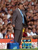 Fotball<br /> Premier League England 2004/2005<br /> Foto: SBI/Digitalsport<br /> NORWAY ONLY<br /> <br /> Tottenham Hotspur v Liverpool Barclays Premiership.<br /> Jacques Santini scratches his head.