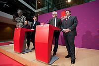 18 FEB 2012, BERLIN/GERMANY:<br /> Renate Kuenast, B90/Gruene, Fraktionsvorsitzende, Cem oezdemir, B90/Gruene, Bundesvorsitzender, Frank-Walter Steinmeier, SPD Fraktionsvorsitzender, Sigmar Gabriel, SPD Parteivorsitzender, (v.L.n.R.), Pressekonferenz zur Suche nach einem Kandidaten fuer das Amt des Bundespraesidenten, Willy-Brandt-Haus<br /> IMAGE: 20120218-01-013<br /> KEYWORDS: Renate Künast, Cem Özdemir