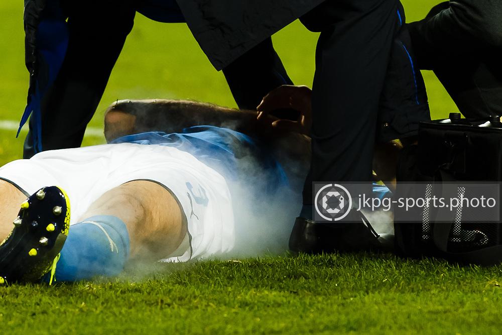 2017-11-10 Fotboll, Play off Sverige - Italien:<br /> (3) Giorgio Chiellini, (ITA) behandlas med kylspray.<br /> <br /> Foto: Daniel Malmberg/Jkpg sports photo/Expressen