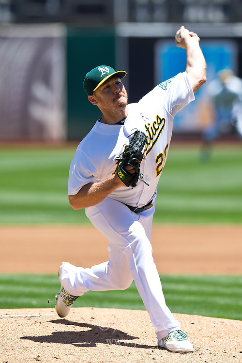 OAKLAND, CA - JUNE 21:  Scott Kazmir #26 of the Oakland Athletics pitches against the Los Angeles Angels of Anaheim during the first inning at O.co Coliseum on June 21, 2015 in Oakland, California. (Photo by Jason O. Watson/Getty Images) *** Local Caption *** Scott Kazmir