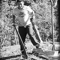 """Título: """"Leña diaria - Tsimari""""<br /> Técnica: Impresión digital en papel de algodón.<br /> Dimensiones: 14"""" x 9.50"""" pulgadas<br /> Precio $ 1,100.00 USD **El 25% del precio va destinado a comunidades indígenas.<br /> Autor: Melanie L. Wells-Alvarado<br /> +(506) 8753-8231   www.melwellsphotography.com www.awindowintothesoul.com"""
