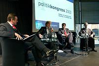"""25 NOV 2003, BERLIN/GERMANY:<br /> Michael Rogowski, Praesident BDI, Hajo Schumacher, Journalist, Michael Glos, Stellv. Fraktionsvors. CDU/CSU Fraktion, Franz Muentefering, SPD Fraktionsvorsitzender, (v.L.n.R.), waehrend der Abschlussdiskussion zm Thema """"Kommunikation ohne Klischees"""", Politikkongress, dbb Forum<br /> IMAGE: 20031125-01-168<br /> KEYWORDS: Franz Müntefering"""