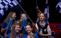 17-04-2016 NED: Play off finale Abiant Lycurgus - Seesing Personeel Orion, Groningen<br /> Abiant Lycurgus is door het oog van de naald gekropen tijdens het eerste finaleduel om het landskampioenschap. De Groningers keken in een volgepakt MartiniPlaza tegen een 0-2 achterstand aan tegen Seesing Personeel Orion, maar mede dankzij invaller Gino Naarden kwam Lycurgus langszij en pakte het de wedstrijd met 3-2 / support publiek vlaggen