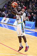 DESCRIZIONE : Cremona Lega A 2015-2016 Vanoli Cremona Grissin Bon Reggio Emilia<br /> GIOCATORE : Ogooluwa Adegboye<br /> SQUADRA : Vanoli Cremona<br /> EVENTO : Campionato Lega A 2015-2016<br /> GARA : Vanoli Cremona  Grissin Bon Reggio Emilia<br /> DATA : 07/11/2015<br /> CATEGORIA : Tiro Tre Punti<br /> SPORT : Pallacanestro<br /> AUTORE : Agenzia Ciamillo-Castoria/F.Zovadelli<br /> GALLERIA : Lega Basket A 2015-2016<br /> FOTONOTIZIA : Cremona Campionato Italiano Lega A 2015-16  Vanoli Cremona Grissin Bon Reggio Emilia<br /> PREDEFINITA : <br /> F Zovadelli/Ciamillo