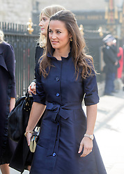 David Frost Memorial Service at Westminster Abbey<br /> <br /> Pippa Middleton arrived in a  blue dress with friends - she had to go through security.<br /> <br /> <br /> <br /> <br /> Pic by Gavin Rodgers/Pixel 8000 Ltd © Licensed to London News Pictures. Photo credit: Gavin Rogers/LNP