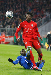 05.02.2020, Allianz Arena, Muenchen, GER, DFB Pokal, FC Bayern Muenchen vs TSG 1899 Hoffenheim, Achtelfinale, im Bild Zweikampf Islas Bebou gegen Alphonso Davies // during the German Pokal the round of last sixteen match between FC Bayern Muenchen and TSG 1899 Hoffenheim at the Allianz Arena in Muenchen, Germany on 2020/02/05. EXPA Pictures © 2020, PhotoCredit: EXPA/ SM<br /> <br /> *****ATTENTION - OUT of GER*****