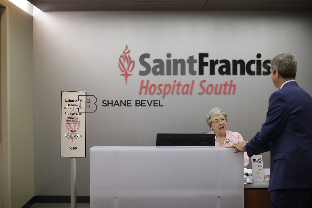 8/9/17 1:49:15 PM -- Photos of Saint Francis South employees and David Weil. <br /> <br /> Photo by Shane Bevel
