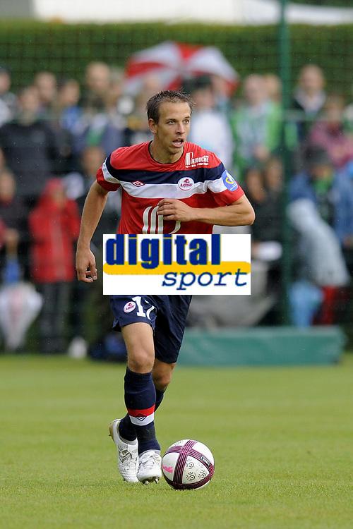 FOOTBALL - FRIENDLY GAMES 2011/2012 - LILLE v ST ETIENNE - 23/07/2011 - PHOTO JEAN MARIE HERVIO / DPPI - BENOIT PEDRETTI (LOSC)