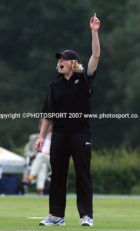 Haidee Tiffen the New Zealand captain appeals for a wicket during her 100th match. England v New Zealand 5th One Day International, Womens Cricket, Shenley Cricket Club, England, 30/08/2007. Photo by Matt Impey ** NO AGENTS **