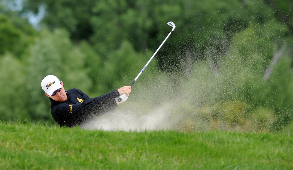 Queensland's Brad Kennedy plays out of the bunker on the 6th on the final round of the BMW New Zealand Golf Open, Clearwater, Christchurch, New Zealand, Sunday, December 04, 2011. Credit:SNPA / Ross Setford