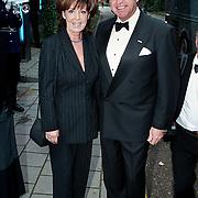 Premiere Dinnershow 2000, Lee Towers en vrouw Laura