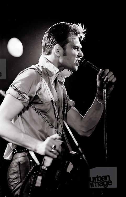Paul Simonon - The Clash - Live