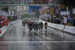 The final sprint at GREE Tour of Guangxi Women's World Tour 2018, a 145.8 km road race in Guilin, China on October 21, 2018. Photo by Sean Robinson/velofocus.com