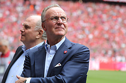 18.05.2019, Allianz Arena, Muenchen, GER, 1. FBL, FC Bayern Muenchen vs Eintracht Frankfurt, 34. Runde, Meisterfeier nach Spielende, im Bild Uli Hoeneß und Karl-Heinz Rummenigge // during the celebration after winning the championship of German Bundesliga season 2018/2019. Allianz Arena in Munich, Germany on 2019/05/18. EXPA Pictures © 2019, PhotoCredit: EXPA/ SM<br /> <br /> *****ATTENTION - OUT of GER*****